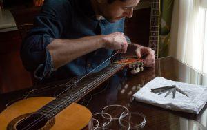 خرید سیم گیتار کلاسیک با قیمتهای مناسب در فروشگاه ساز گیتار